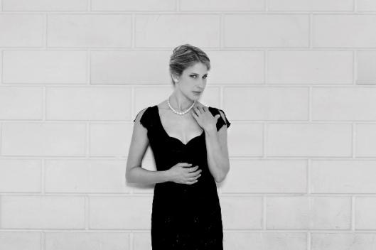 Hila Plitman - The Sopranos )