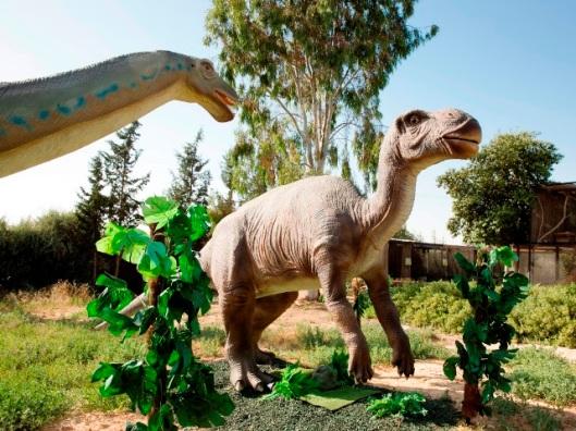 תערוכת ממלכת הדינוזאורים צילום תמונה עודד אנטם מאושר לשימוש מוקטן