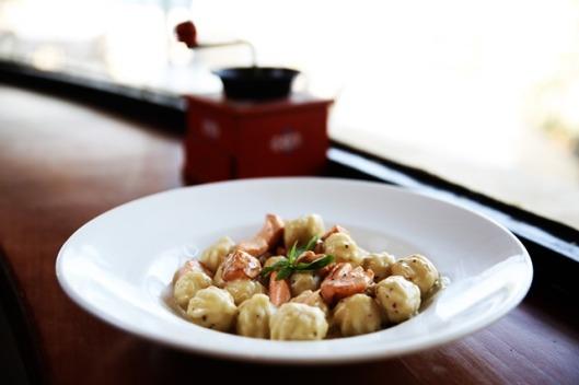 מסעדת תטה - ניוקי סלומון. מתוך תפריט איטלקי בתטה . צילום-יחצ